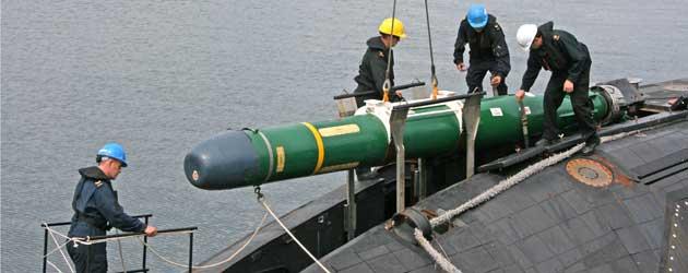 الغواصة الهولندية Walrus-Class MK-48-UNLOAD-24-JUNE-2013-188